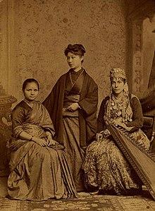 Anandibai-joshi-woman's-mediacal-coellge