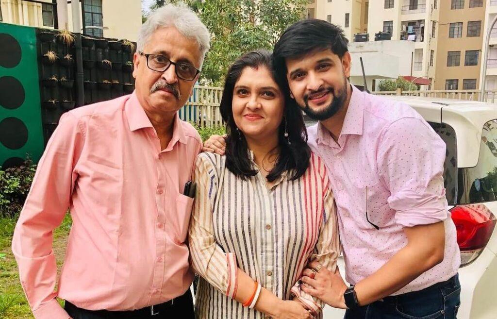 Neel-Bhattacharya-Parents